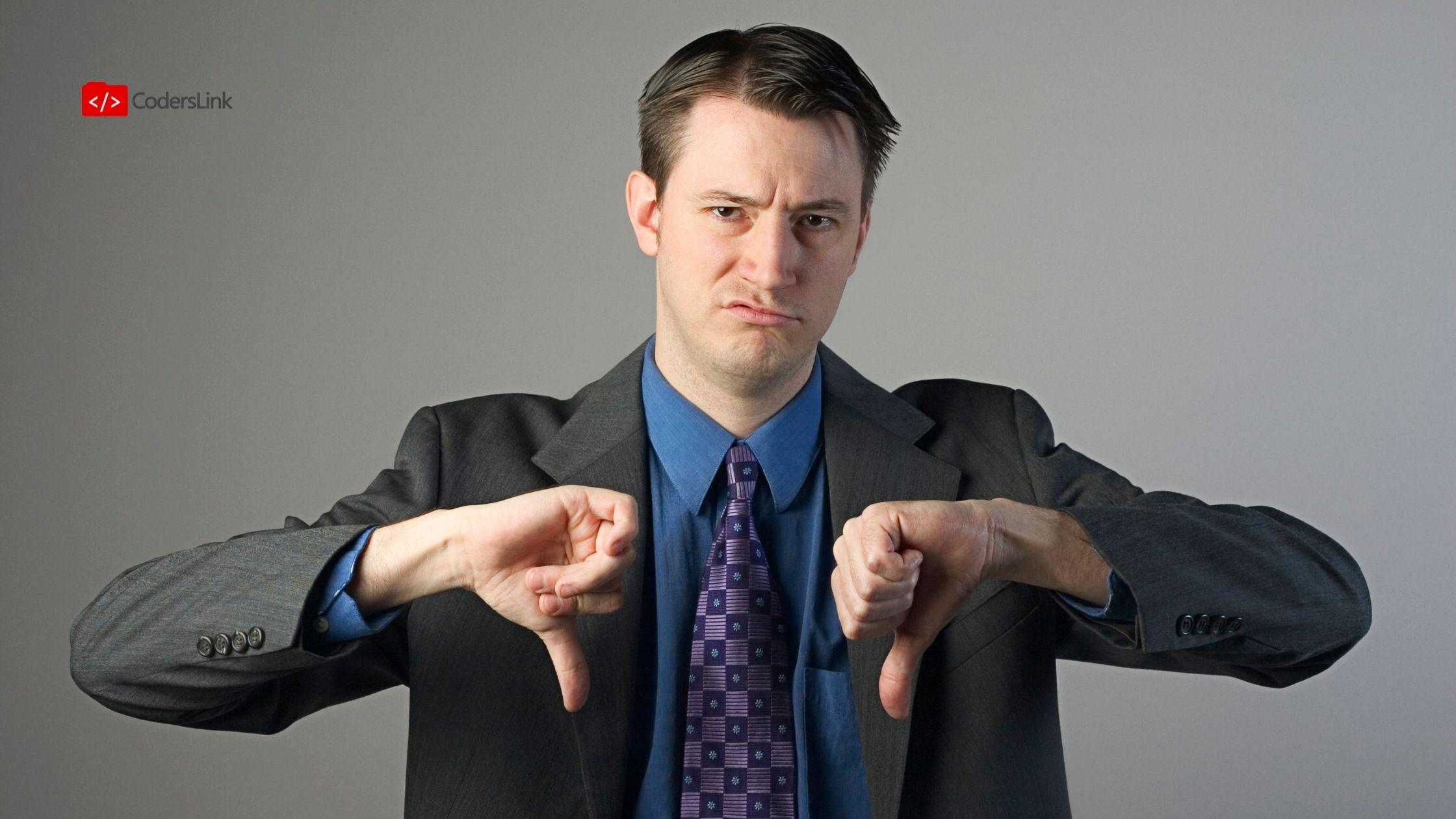 Hay motivos de rechazo que dependen de ti y otros que no. Estos son los errores que puedes evitar para que no te rechacen para un puesto de trabajo.
